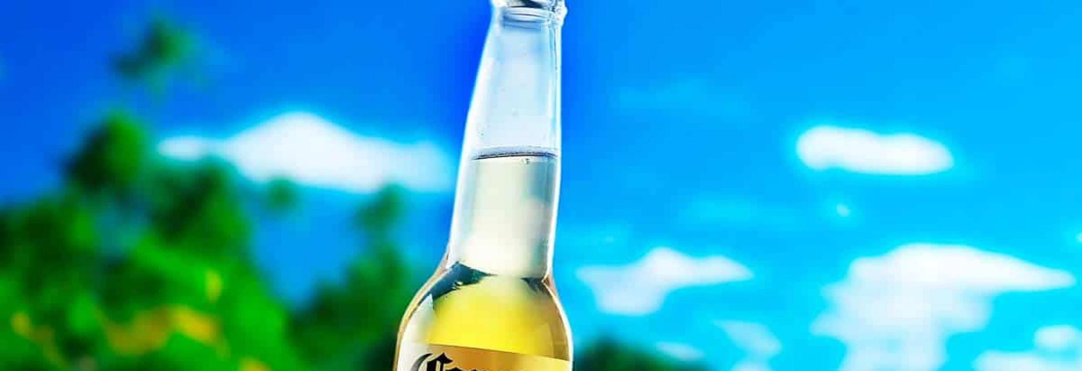 Depositphotos_141624018_l-2015-corona-beer_web_main